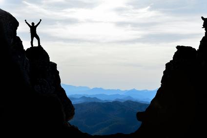 zirve tırmanış başarısı & hedef  sevinci